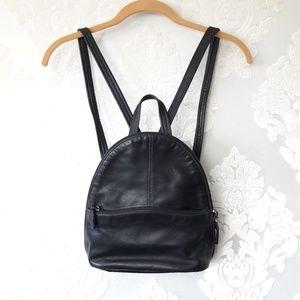 6be7b97f121 Tignanello Backpacks for Women   Poshmark